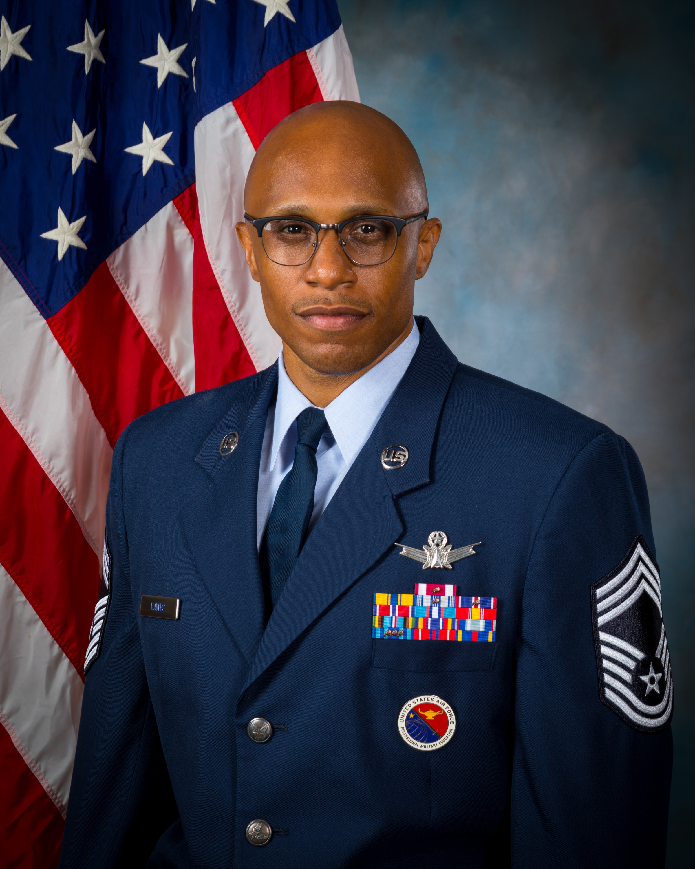 Chief Master Sergeant Conrad Dawes official photo which links to biography